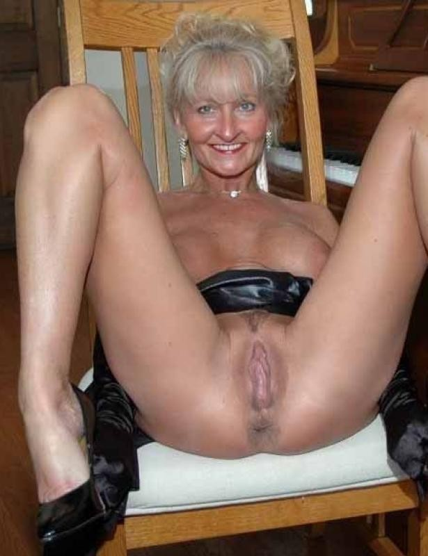 mature milf free video online dating for sex